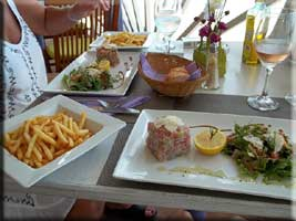 Tartare and frites